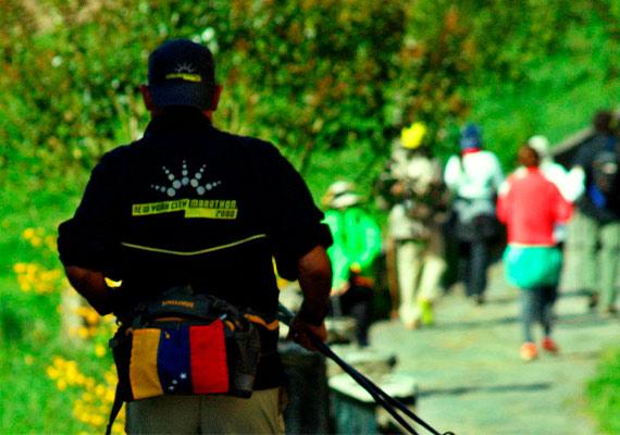 Día 15 : O Pedrouzo / Amenal - Santiago de Compostela (19.4 km - 16.1 km ~ 4 horas)